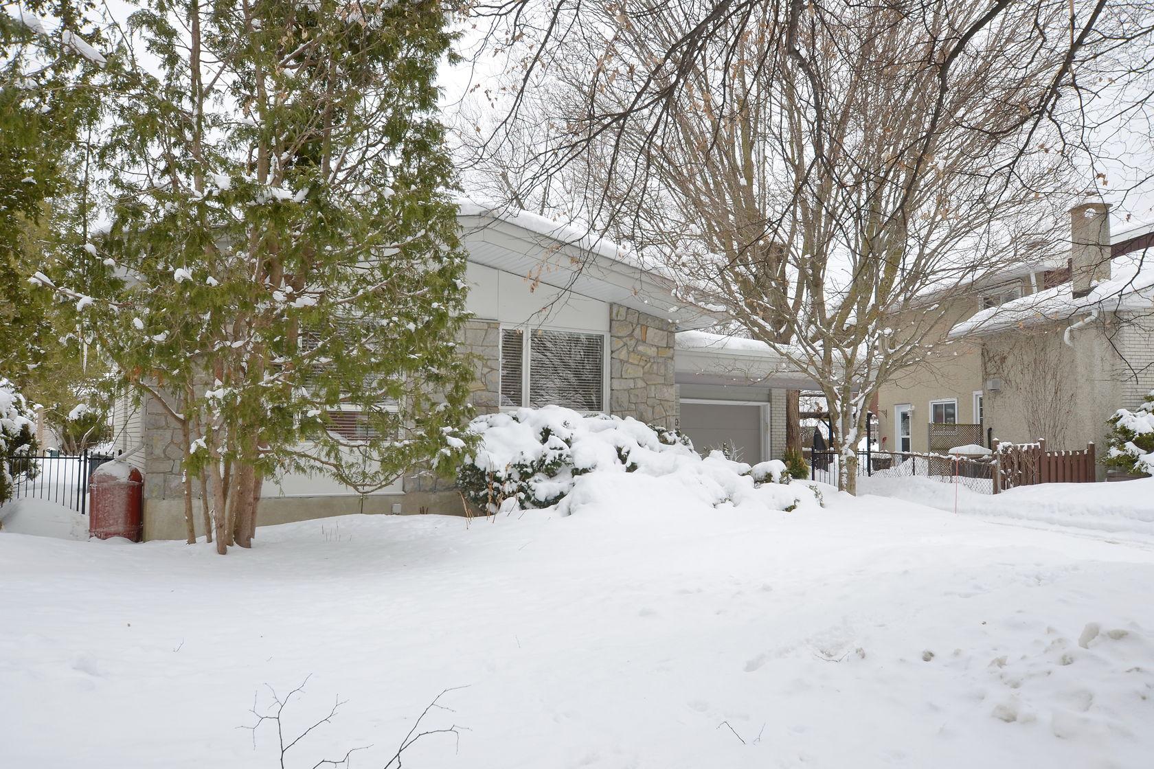 2290 Horton St, Ottawa, Ontario  K1G 3E8 - Photo 2 - RP8272482604