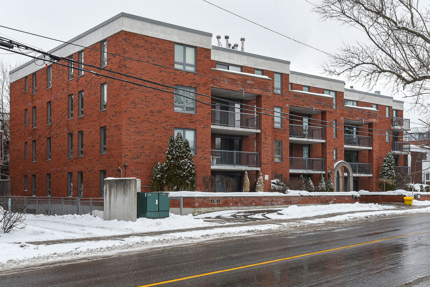 939 North River Rd #303, Ottawa, Ontario