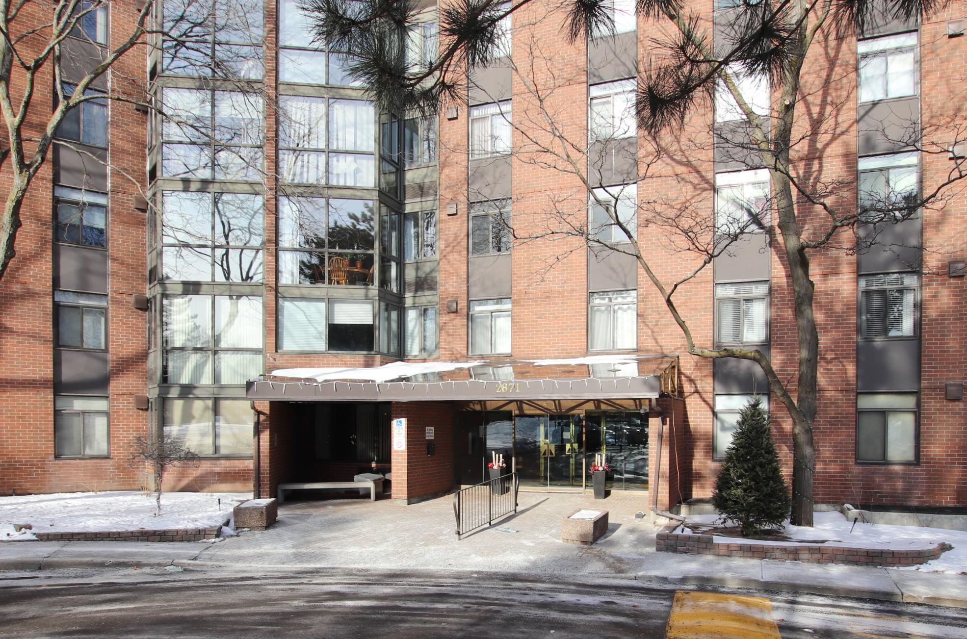 2871 Richmond Rd #110, Ottawa, Ontario