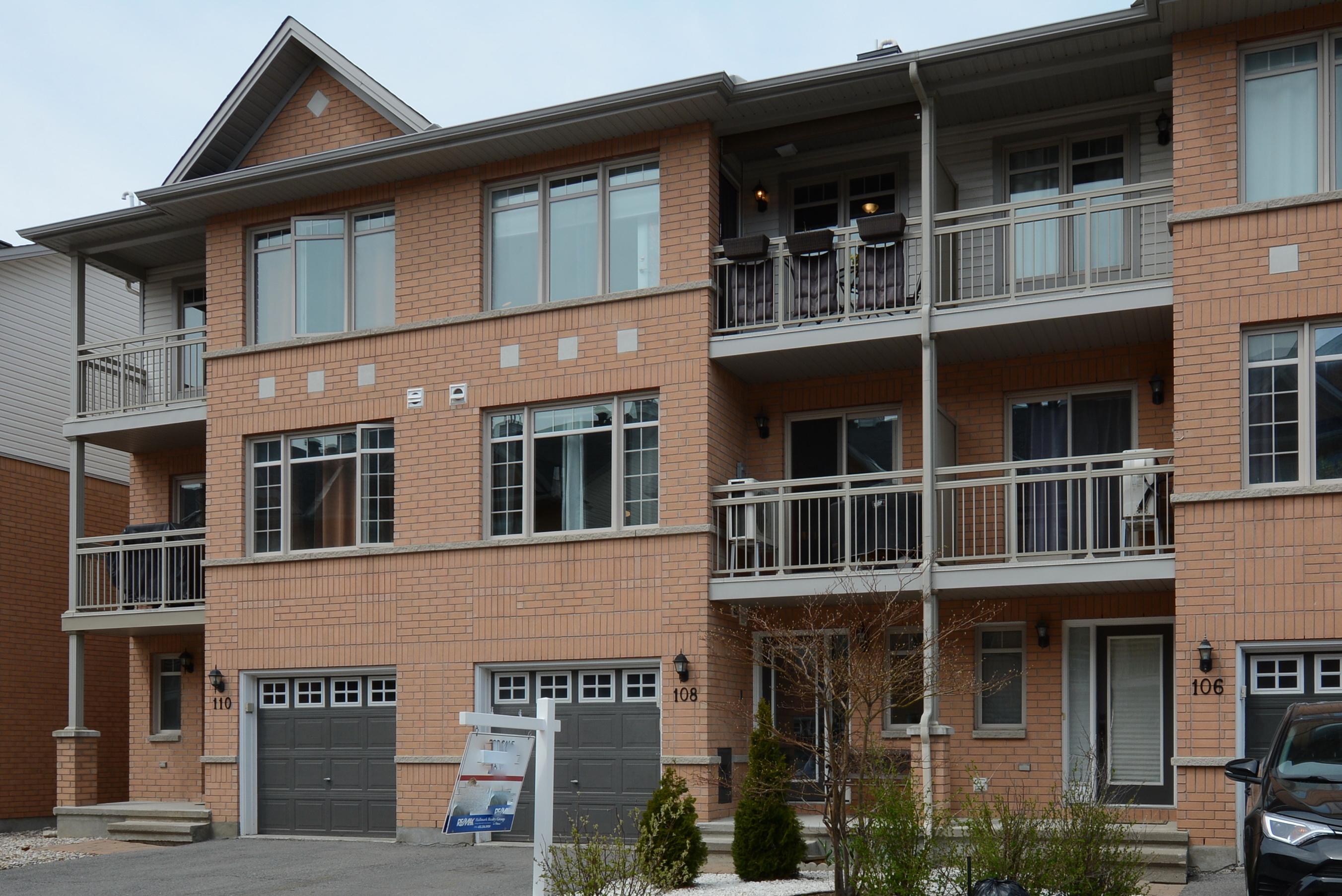 108 Quito PVT, Ottawa, Ontario
