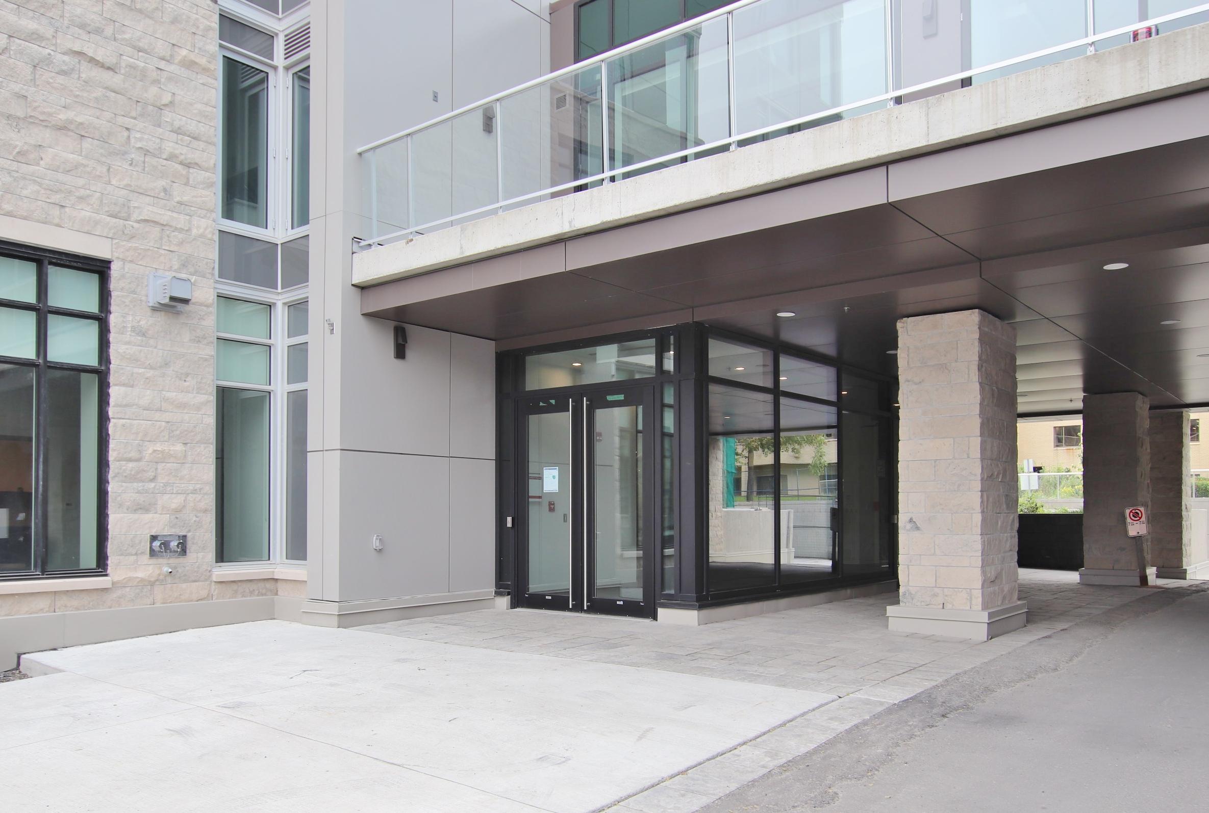 530 De Mazenod Ave #304, , Ottawa, Ontario  K1S 5W8 - Photo 2 - RP2991279852