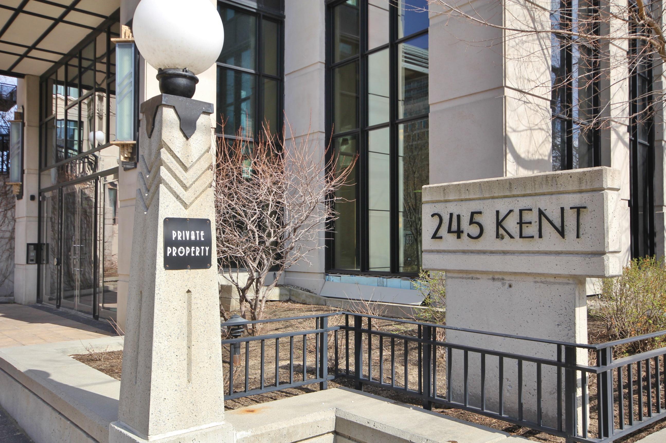 245 Kent St #1504, Ottawa, Ontario  K2P 0A5 - Photo 3 - RP3714253832